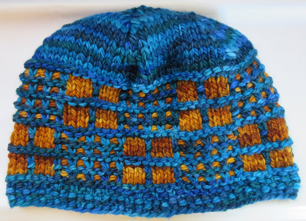 Pattern  1812 - Honey Comb Hat - SW Merino - Bulky