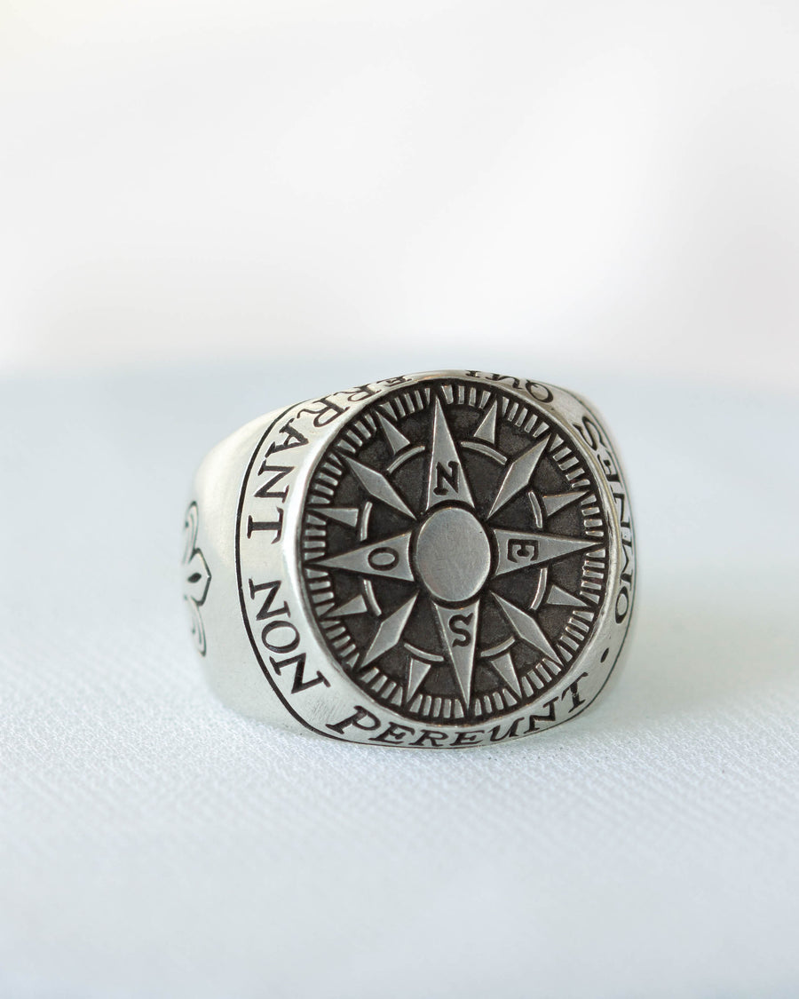 Compass Signet <br> Silver