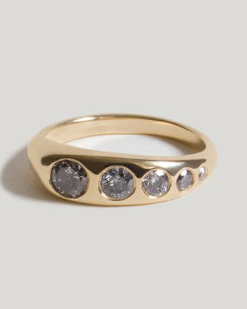 Lila Suprima with Gray Diamonds in Gold