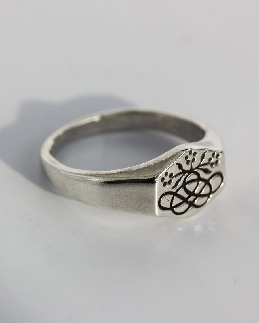 Posey Signet Ring in Silver