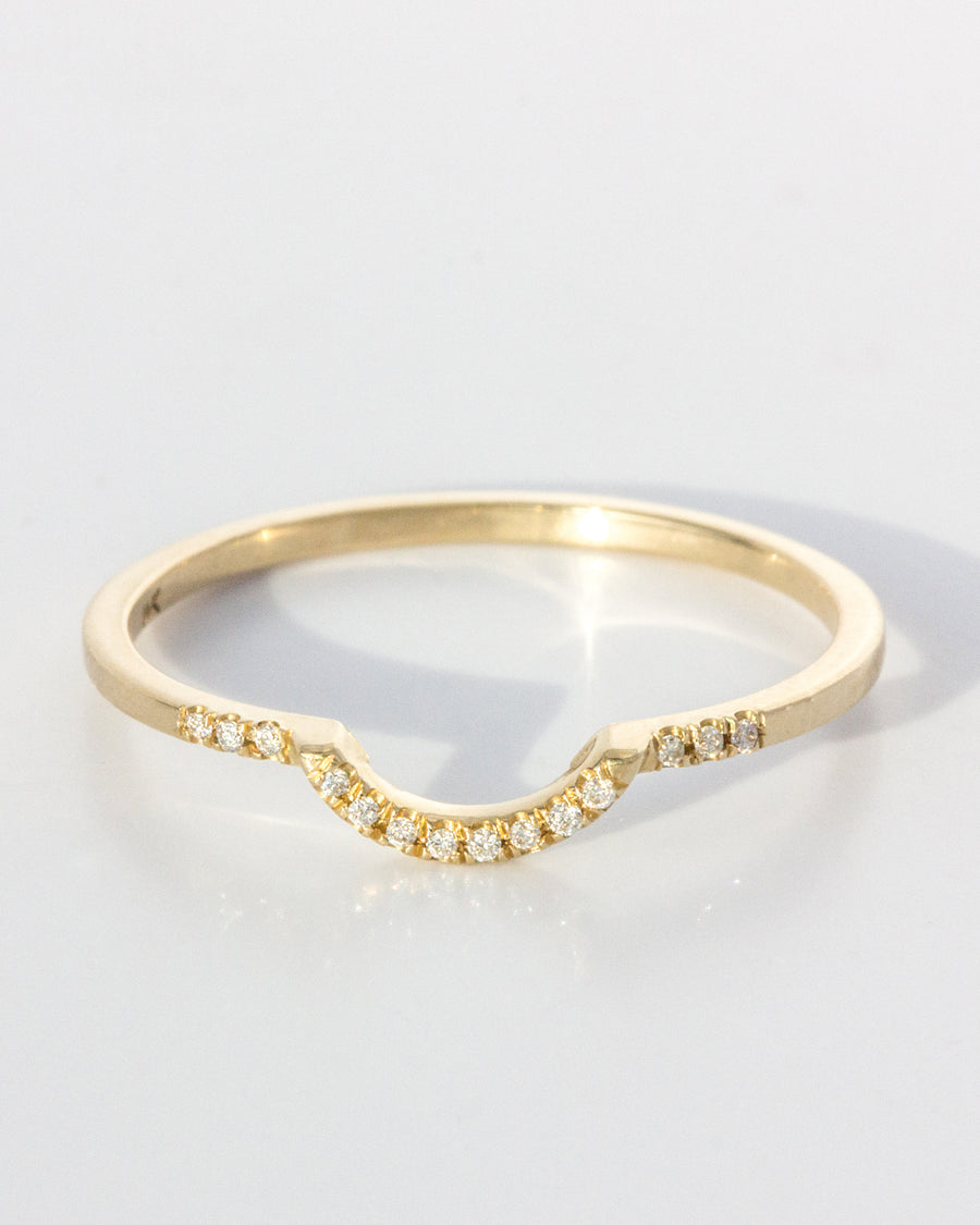 <b>Diamond Arch Ring</b> <br> Diamonds & Gold