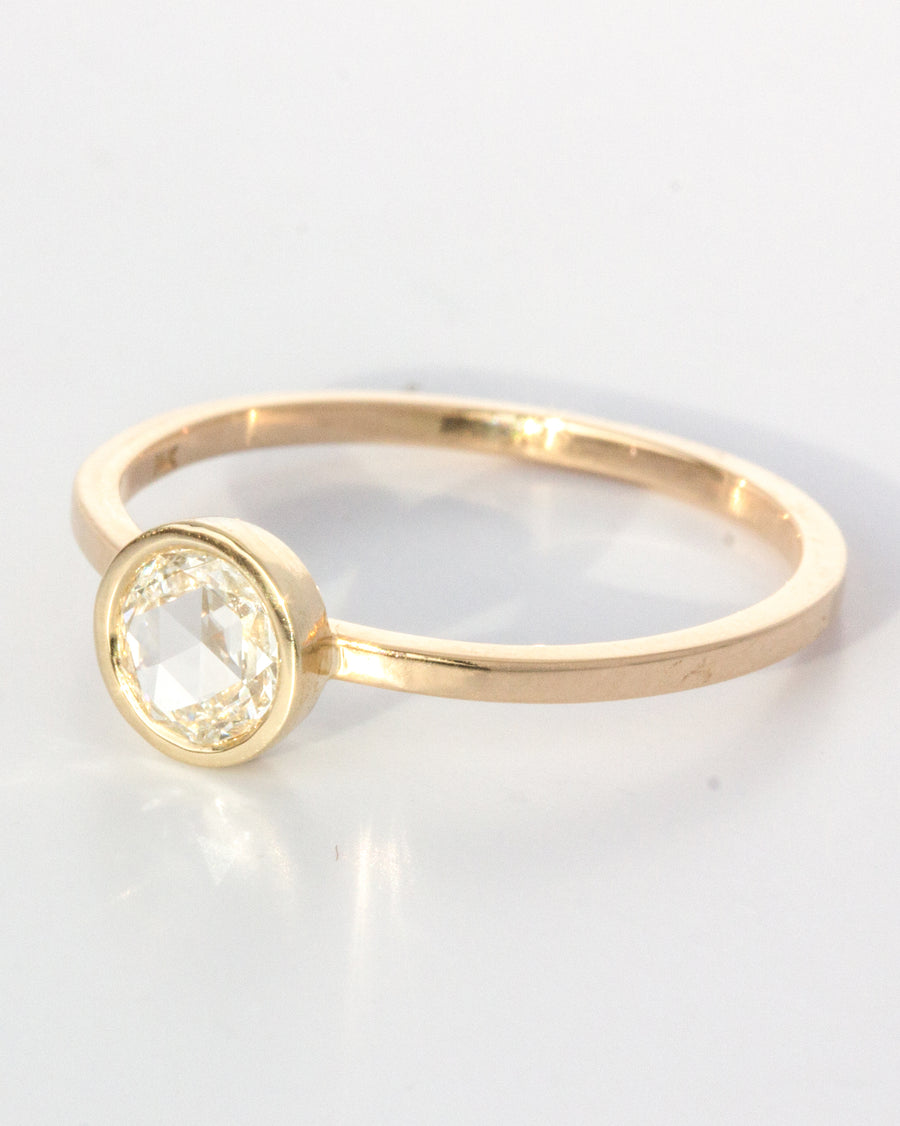 <b> Grand Passage Ring</b> <br>Diamond & Gold