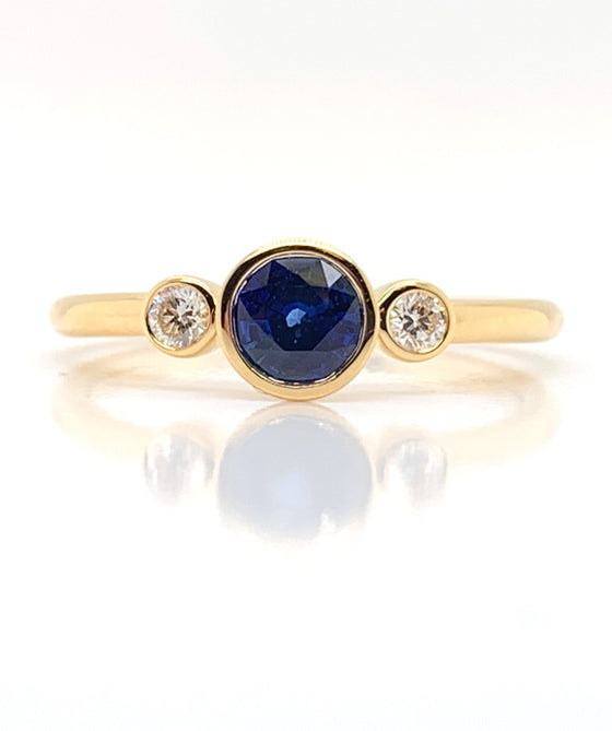 18K Yellow Gold Bezel Set Sapphire & Diamond Ring