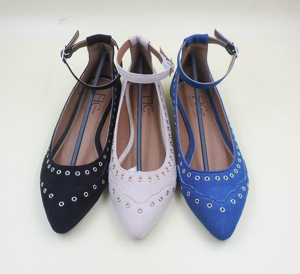 BILLY Trendy Eyelet Flats