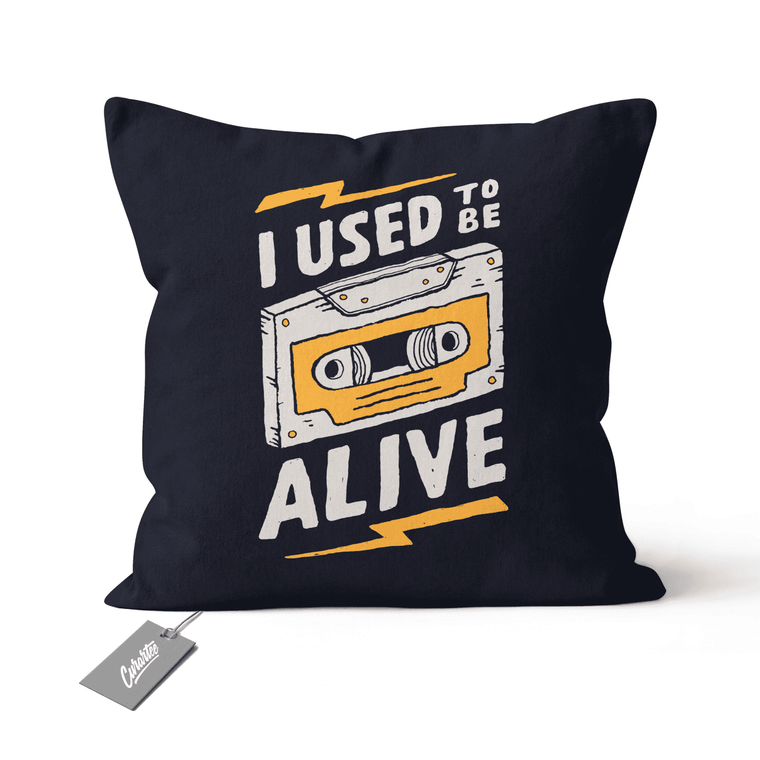 Alive Cushion - Premium Artwear Curartee