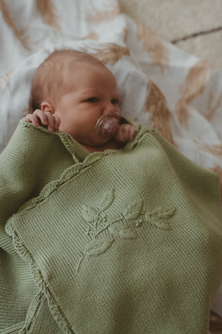 Heirloom Embroidered Blanket - Pistachio
