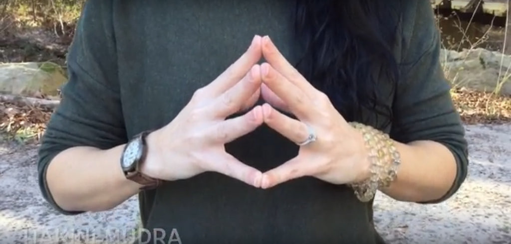 Hakini Mudra For Brain Power - Discover Deep Mind