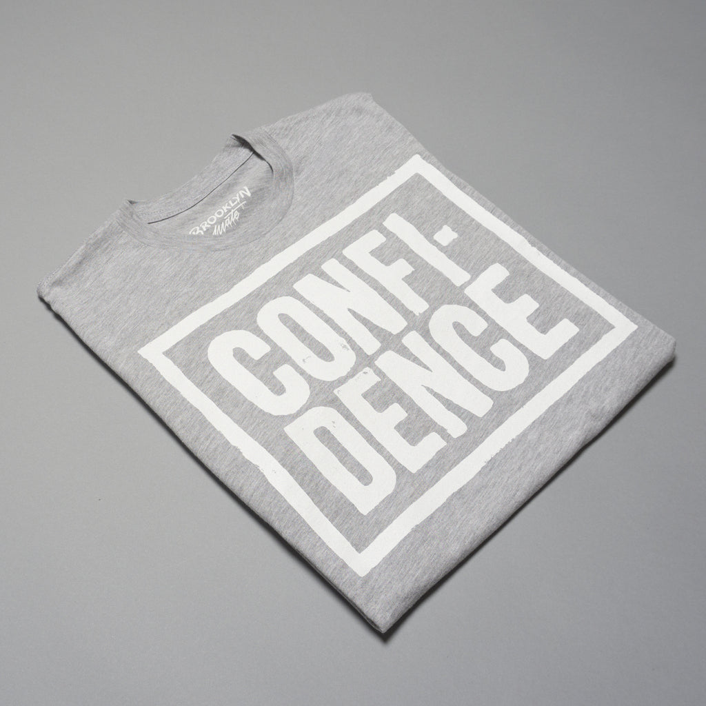 CONFIDENCE t-shirt Grey