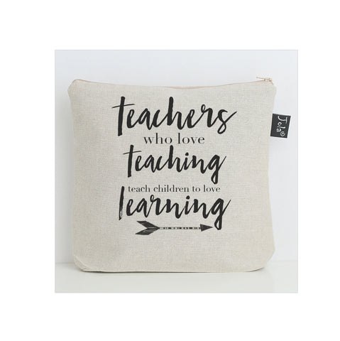 Teachers who love teaching Wash Bag