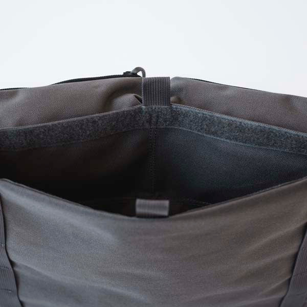 LUSB154 Grey Half Caddy Large Sleeve Pocket