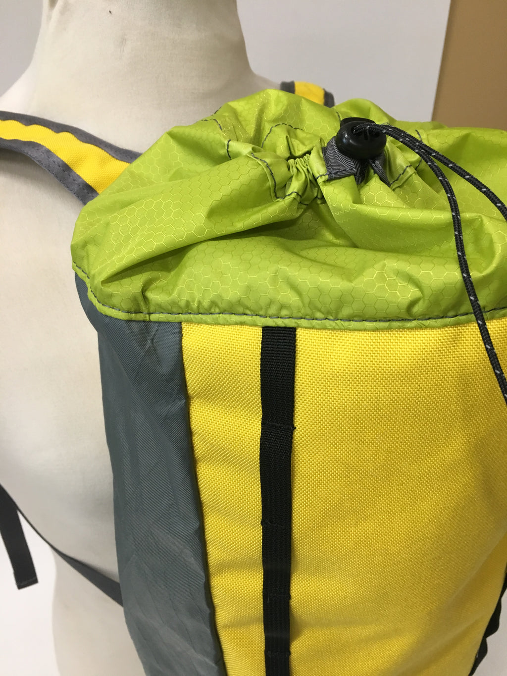 LUSB171 Ultralight Day Pack Yellow/Green/Grey