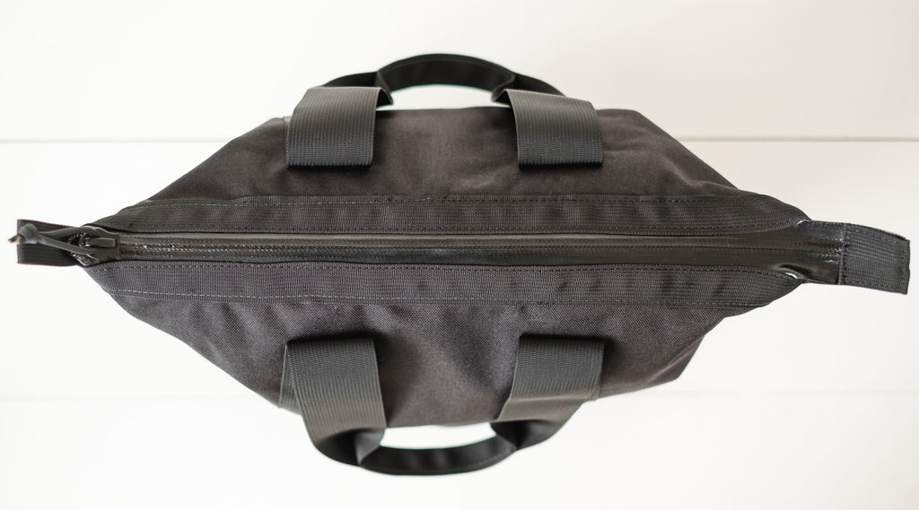 LUSB147 FORT Junior Personal Utility Bag Top View