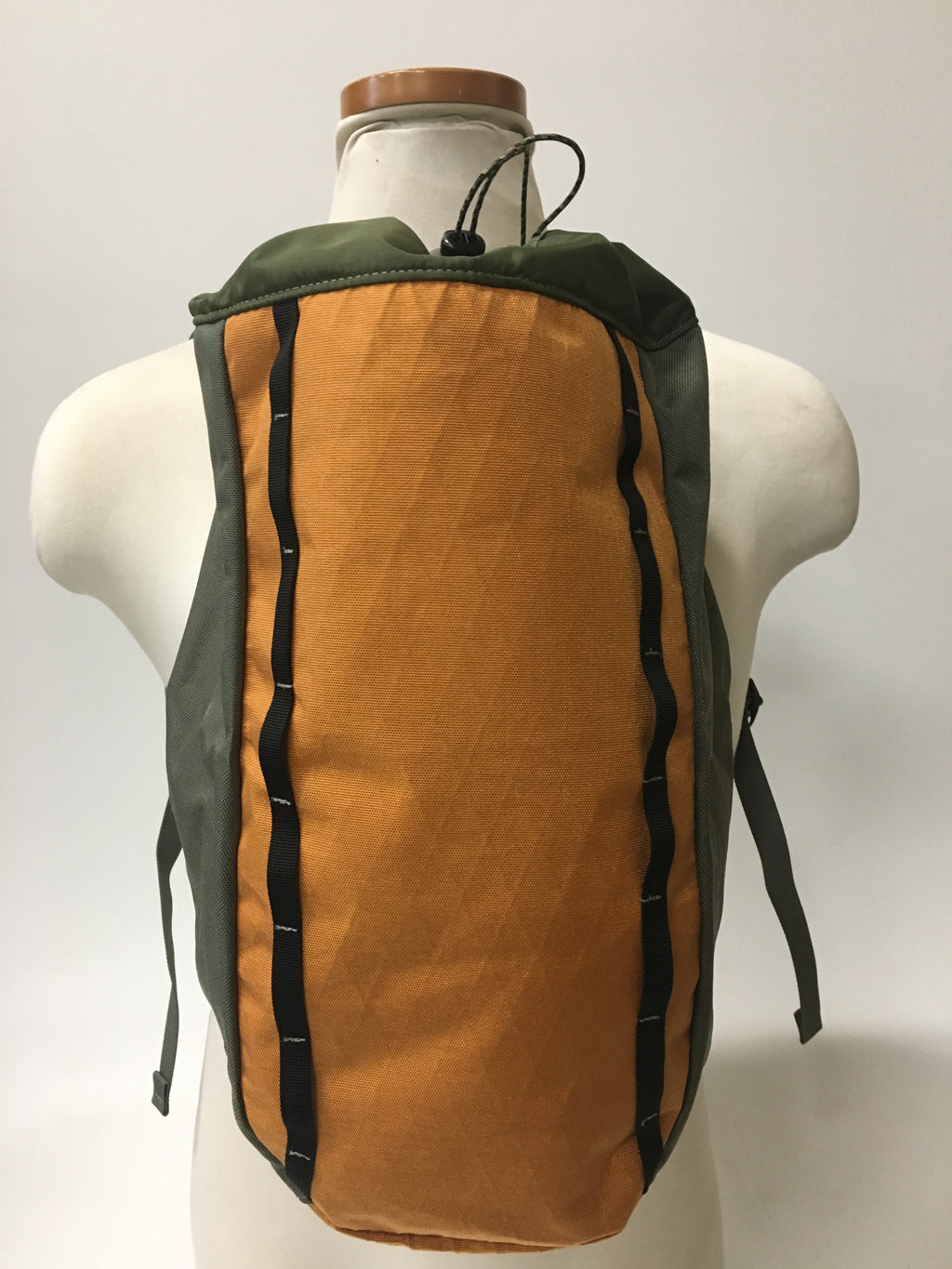 LUSB171 Ultralight Day Pack Harvest/Olive Front View