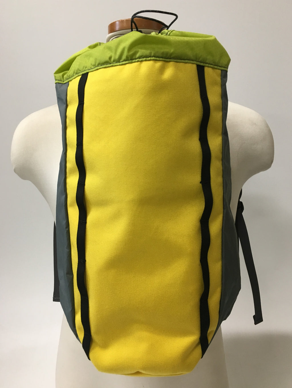 LUSB171 Ultralight Day Pack Yellow/Green/Grey Front View