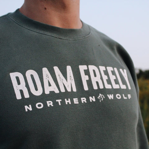 Roam Freely Crewneck - Alpine Green