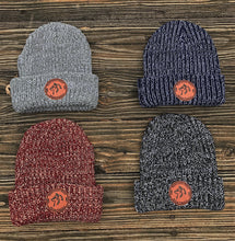 North Woods Beanie - Maroon & Natural
