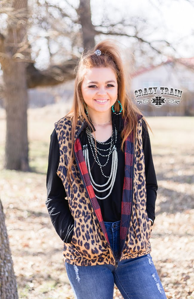 Mountain Momma Vest - Leopard/Buffalo Plaid