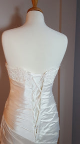 Satin and Lace Trumpet Wedding Dress