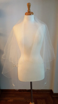 Fingertip Waterfall Scalloped Edge Two Tier Veil