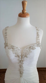 La Sopa Sheath Wedding Dress