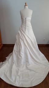 La Sopa London Wedding Dress