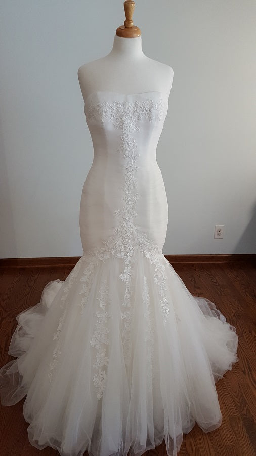 La Sopsa Sheila Wedding Dress