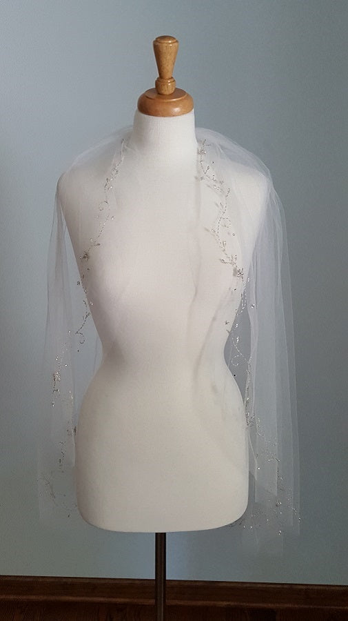 Ansonia Bridal Fingertip Veil
