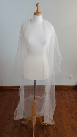 Winnie Couture 8100 Cathederal Veil