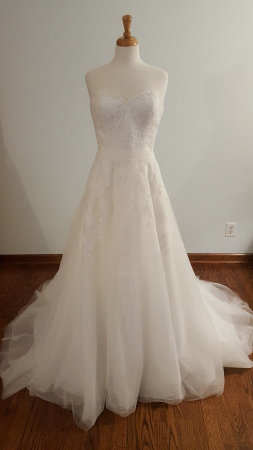 White One 777158 Wedding Dress