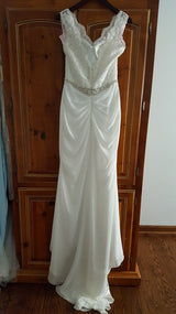 DaVinci Sheath 50418 Wedding Dress