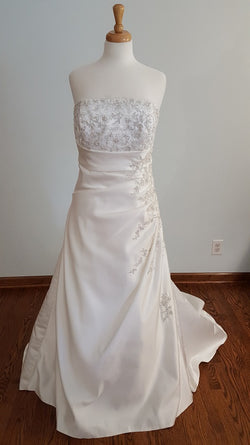 DaVinci A-Line 8354 Wedding Dress