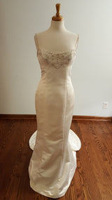 Tailored Trumpet Wedding Gown
