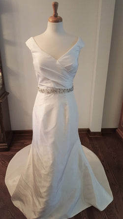 Classic Sheath Wedding Dress