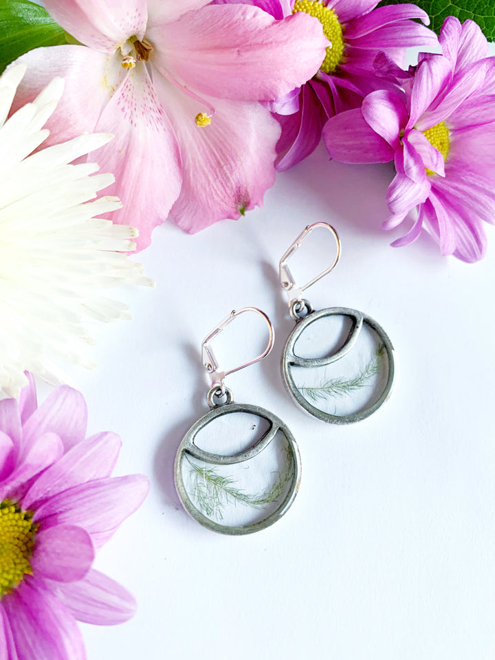 Iiris Leverback Earrings with Asparagus Fern