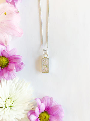 Nea Silver Rectangle Necklace with Light Pink & White Flowers