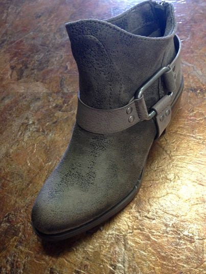 Not Rated Finch Taupe Boot