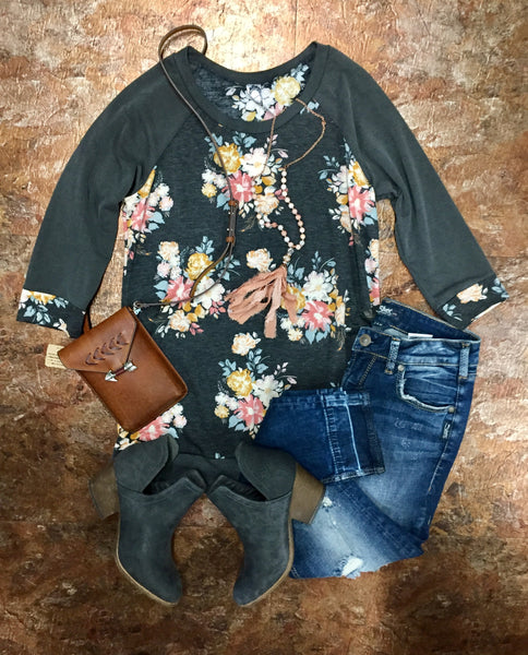 Gray Floral 3/4 Sleeve Top
