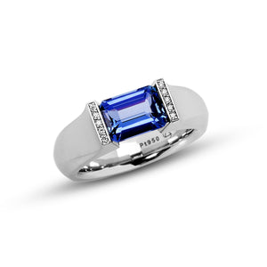 2.33 ct. Blue Sapphire set in Softened Hard Omega