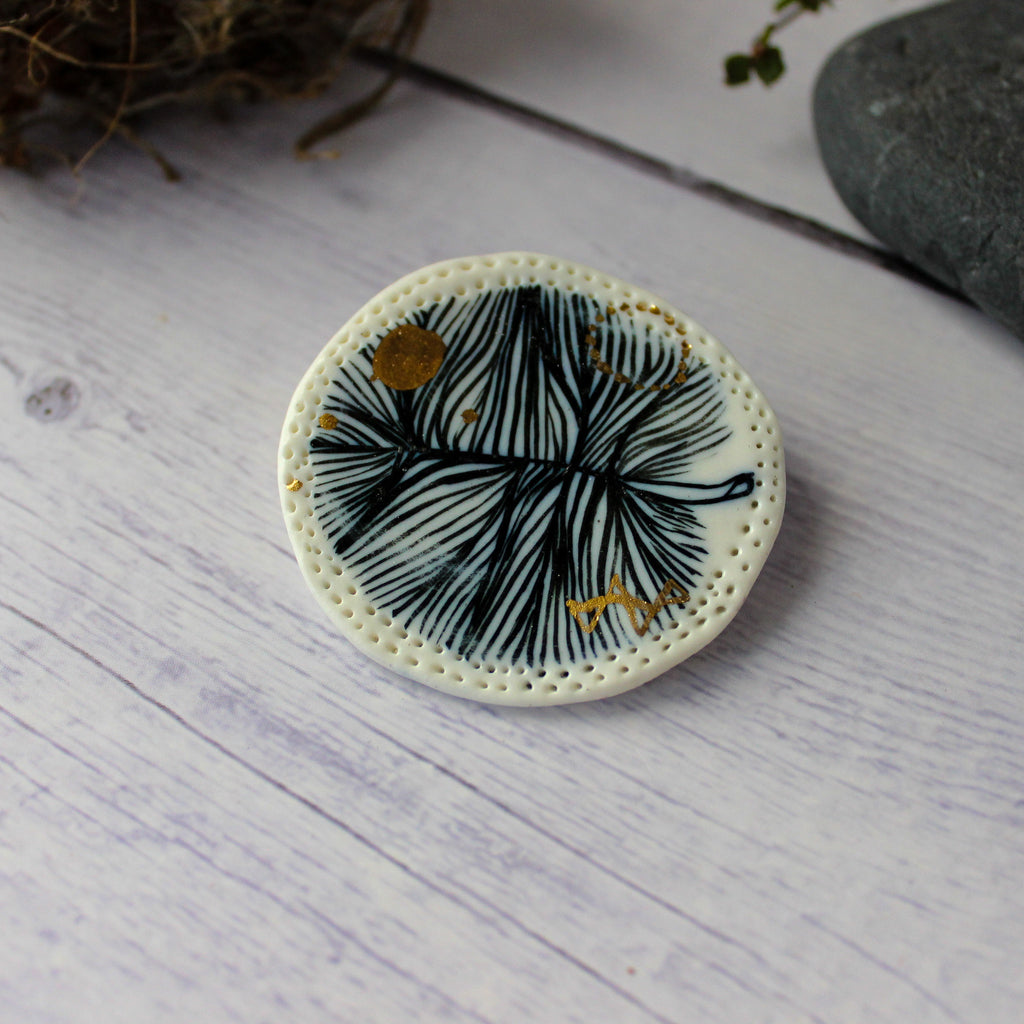Porcelain Brooch Round Feather