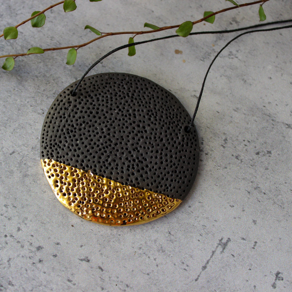 Ceramic Necklace Black Coral Gold