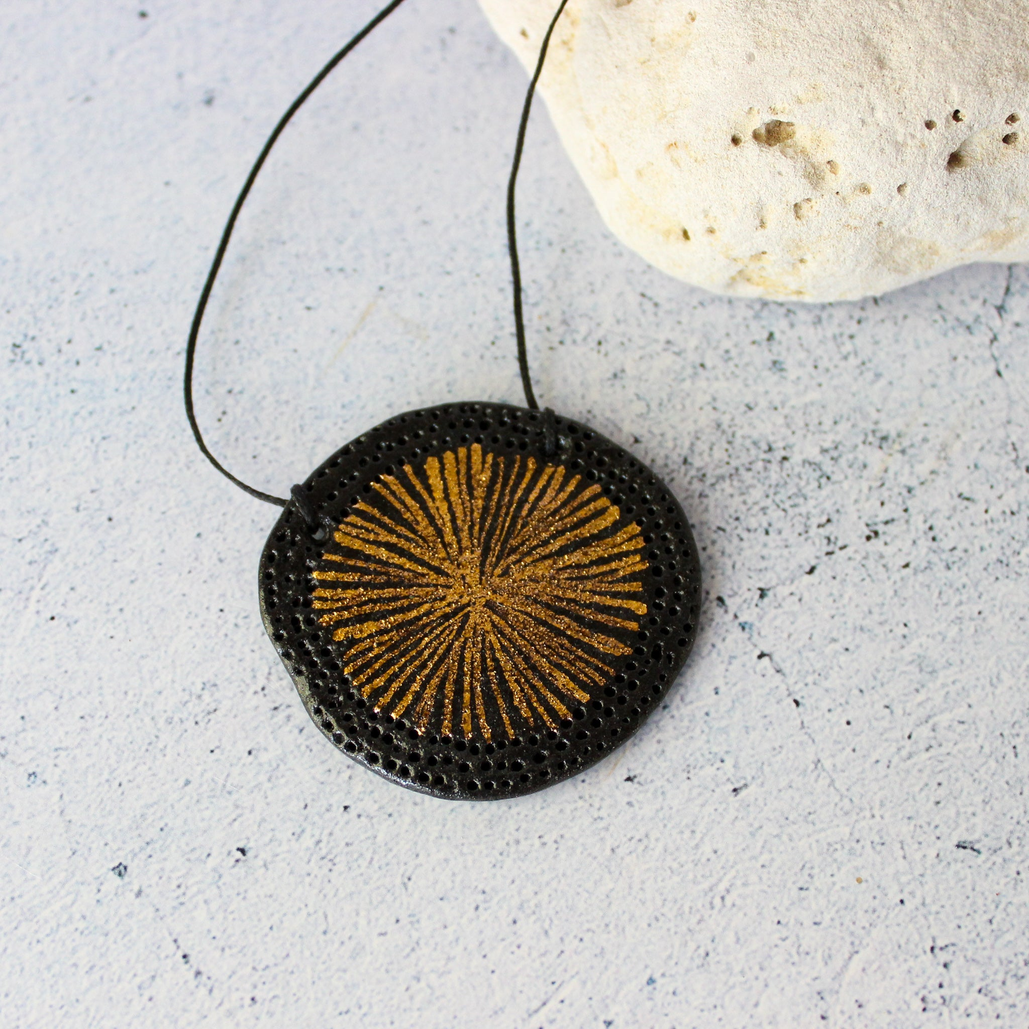 Ceramic Necklace Gold Star