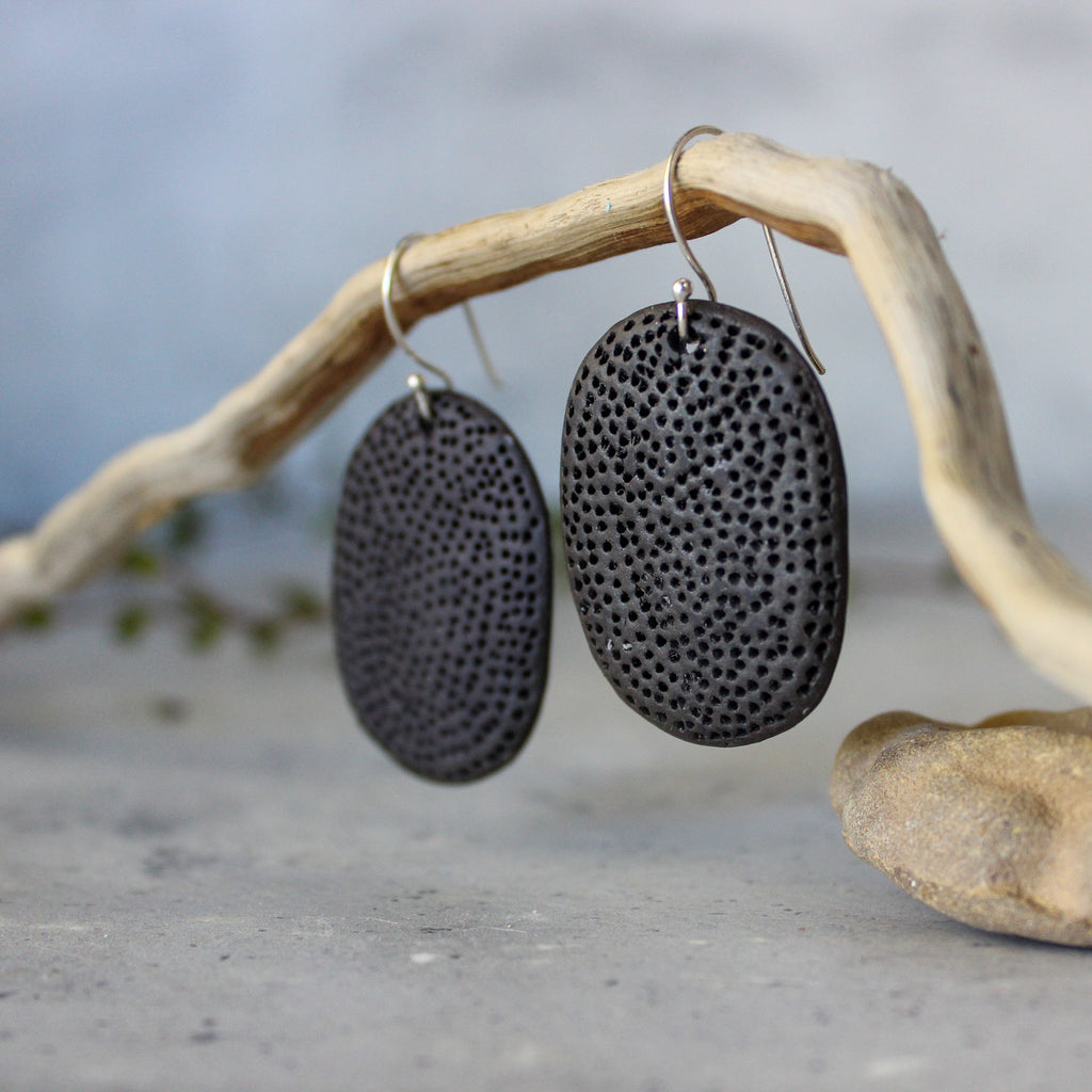 Ceramic Earrings Black Coral