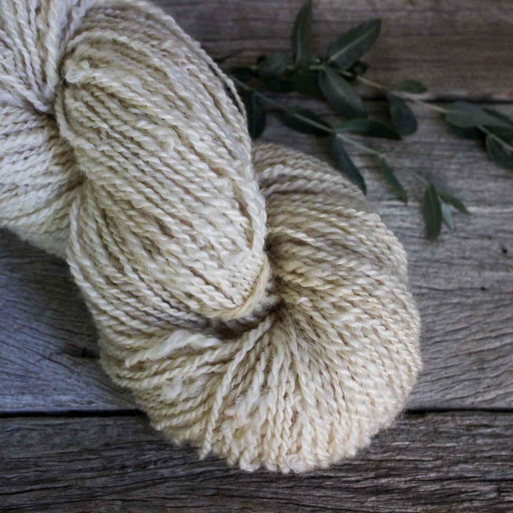 Tene's Local Handspun Yarn : Dyeable White
