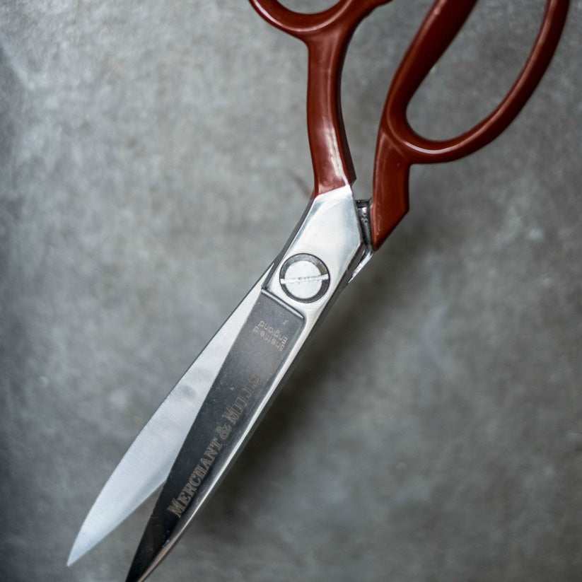 Merchant & Mills Red Extra Sharp Sidebent 10