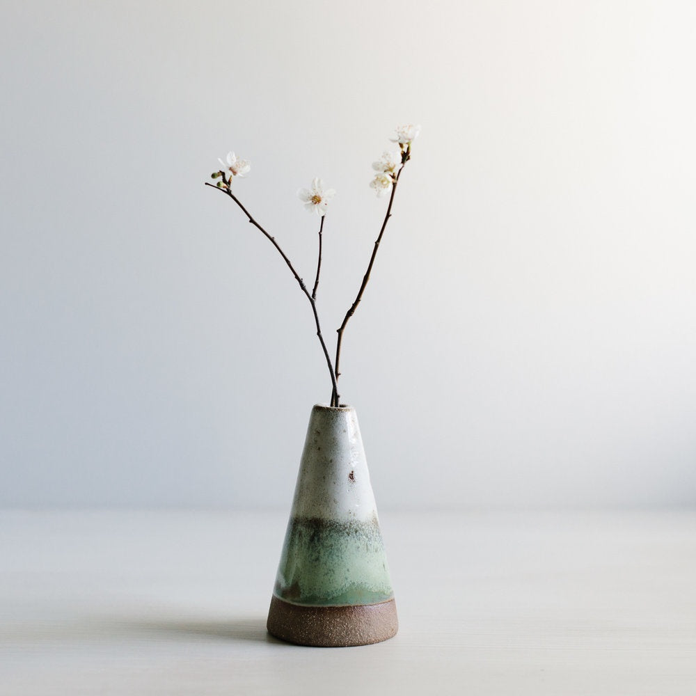 Stoneware mountain vase handmade by Woodfolk Natural Accessories