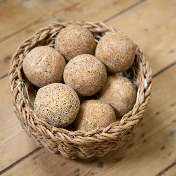 Est. Handmade Soap Balls : 9 divine blends
