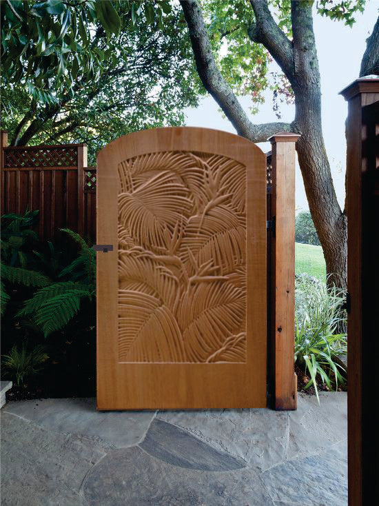 Nature Portrait Gate with Arc Top