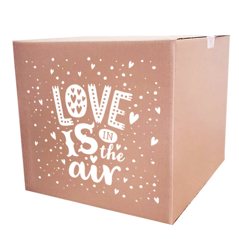 Caja de regalo LOVE IS IN THE AIR (45x45 cm)