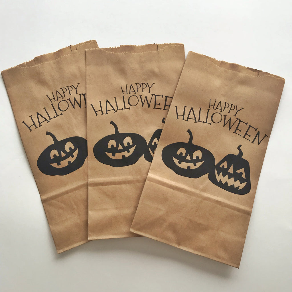 "Bolsitas Kraft con base ""Happy Halloween"" (12 piezas)"