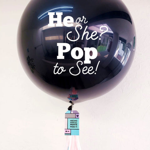 "Gigante Negro Revelación ""He or She Pop to See"" (Con helio + $220)"
